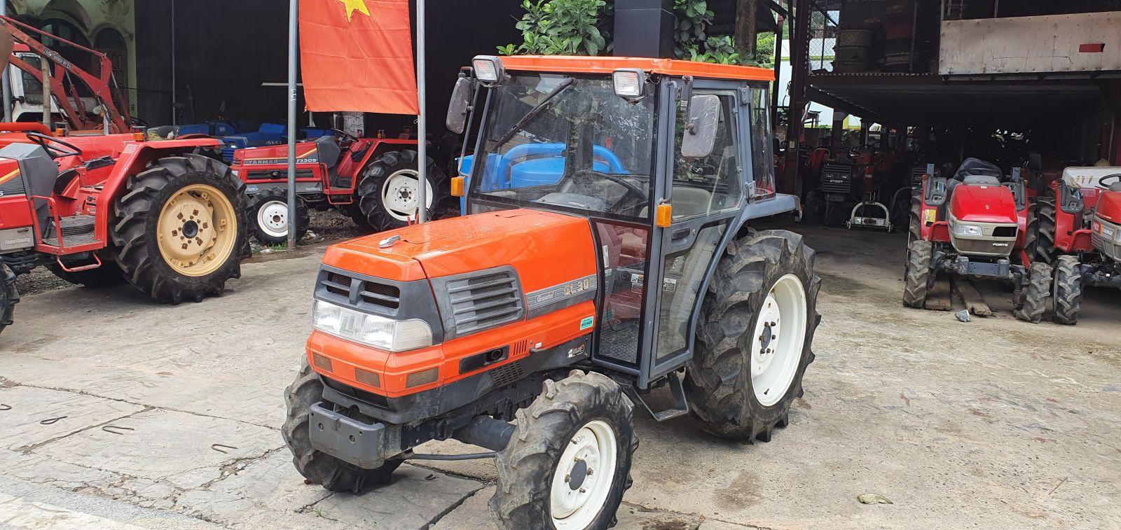 CUBOTA GL-300 (Cabin)